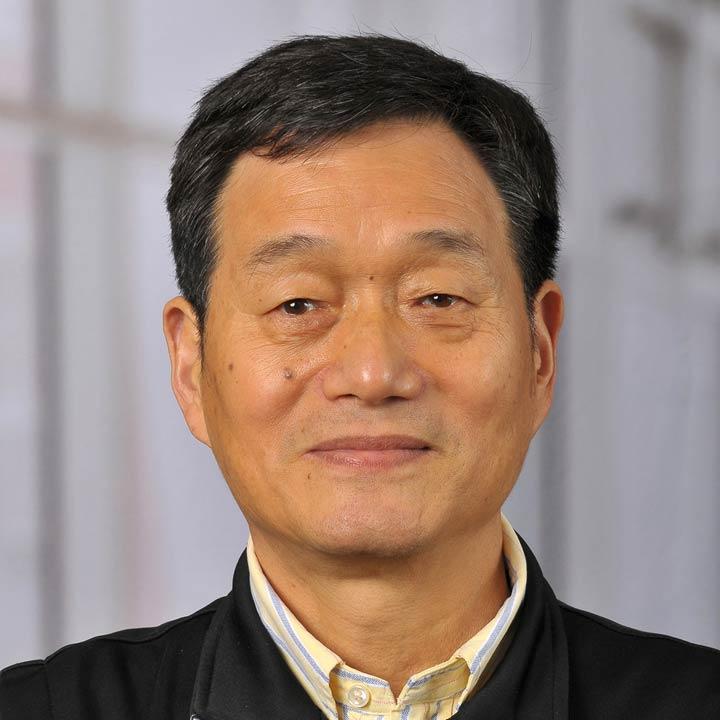Rulong Shen