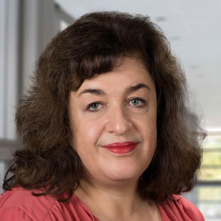 Camilla Curren